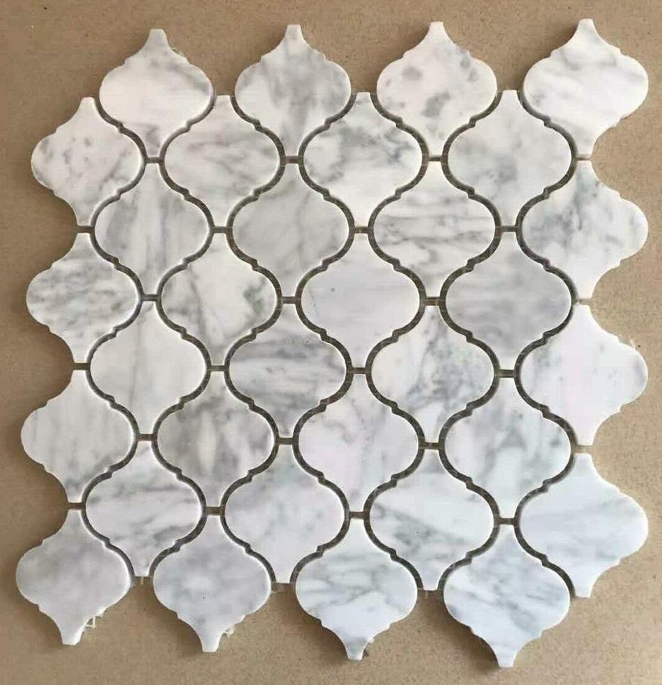 da mosaic hinh long den da marble mau trang