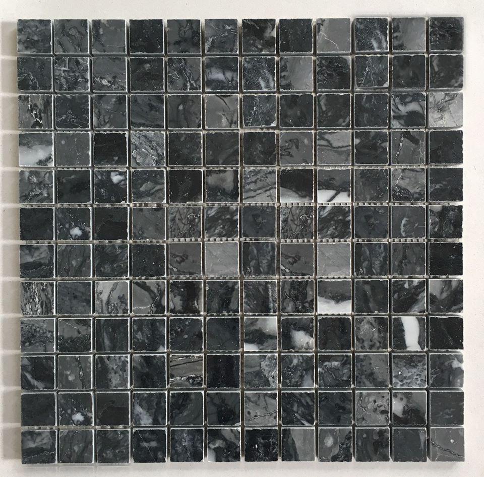 da mosaic mau den da marble op tuong