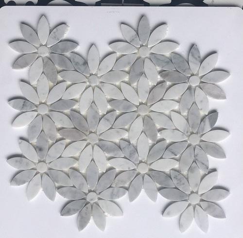 da mosaic tu nhien hinh bong hoa trang